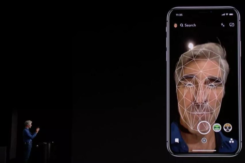 Android companies are still 2 years behind Apple in terms of Face ID tech.JPG