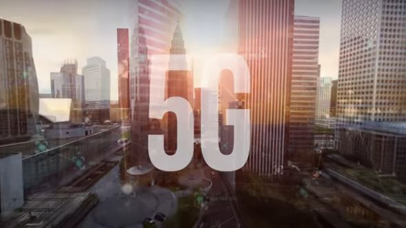 Apple and Intel working on 5G tech together.JPG