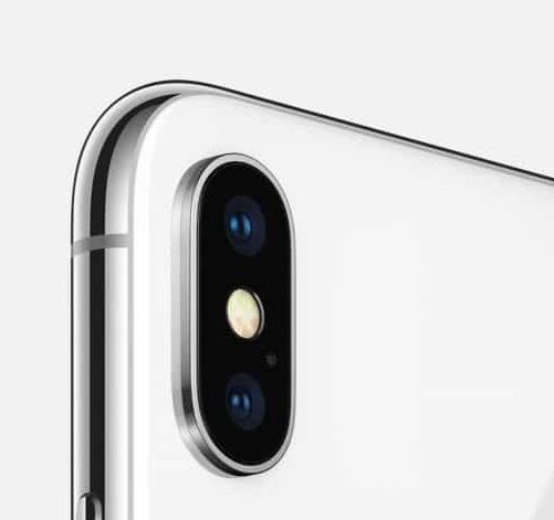 At least one of this year's iPhone lineup said to have a three lens camera.JPG