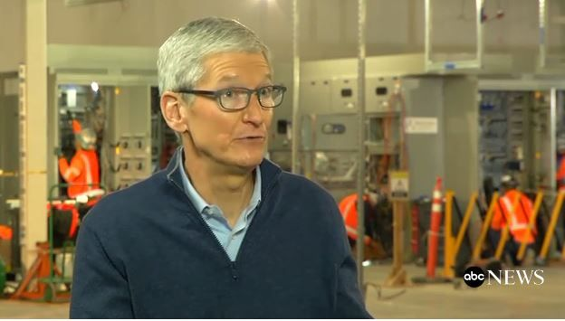 Tim Cook says Apple will give users the choice to disable cpu throttling.JPG